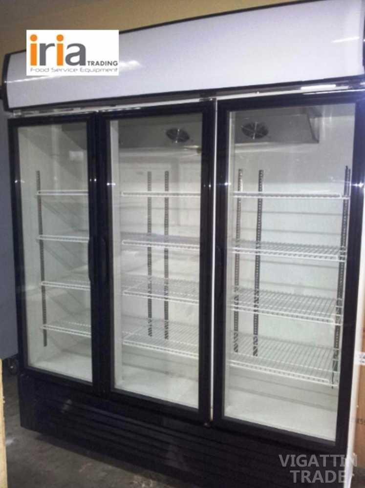 Upright chiller display showcase 3 doors vigattin trade for 1 door display chiller