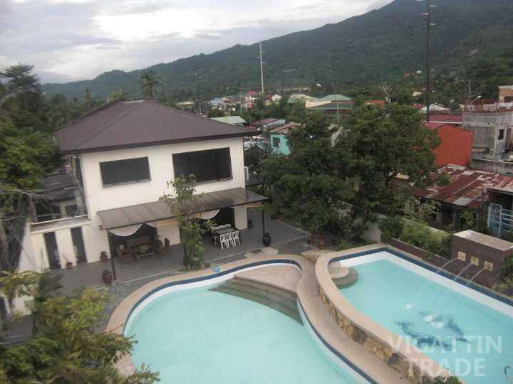 Private pool resort in laguna villa sta maria hot spring for Affordable private pools in laguna